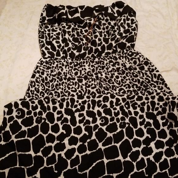 79e05ef0b8f Strapless giraffe print dress